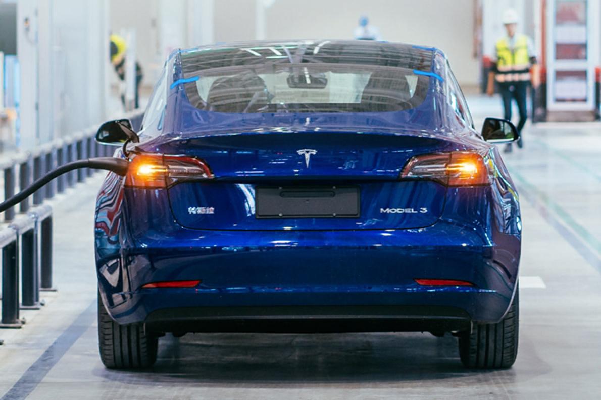 特斯拉官方预热,国产版 Model 3 即将亮相