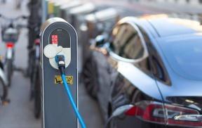 亿纬锂能2021年拟将电池产能增至50GWh