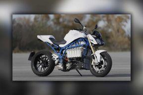 百公里加速仅2.9秒 宝马纯电动摩托车原型车曝光
