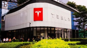 不敌特斯拉 比亚迪去年售新能源车23万