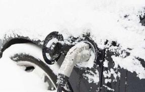 疫情肆虐车久放 看看这几个问题了解冬季电动车久停小常识