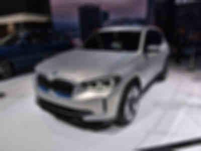 800x0_1_q95_autohomecar__wKgHIFrggLuAQoYRAAIg13npdRY704