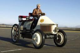德系车企电动化发展史:第一辆电动车的售价可在帝都买套房