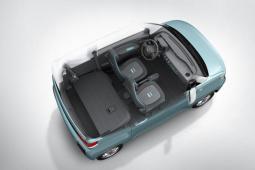 简约又实用 上汽通用五菱发布微型车内饰官图