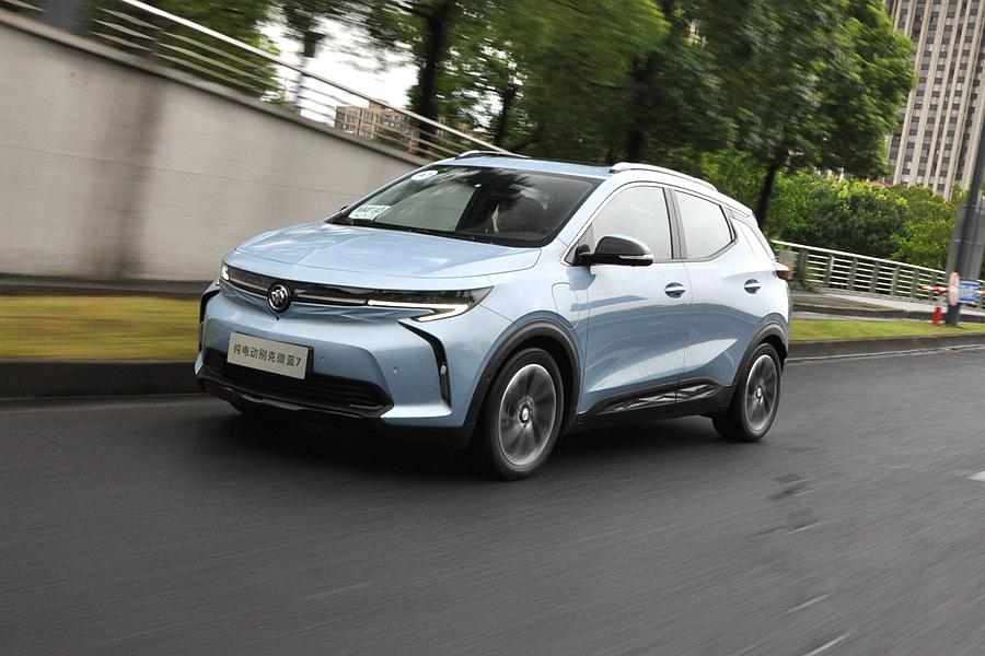 配置豐富/運動感出色 試駕純電SUV別克微藍7