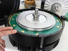 重量轻 一公司开发印刷电路板定子电机