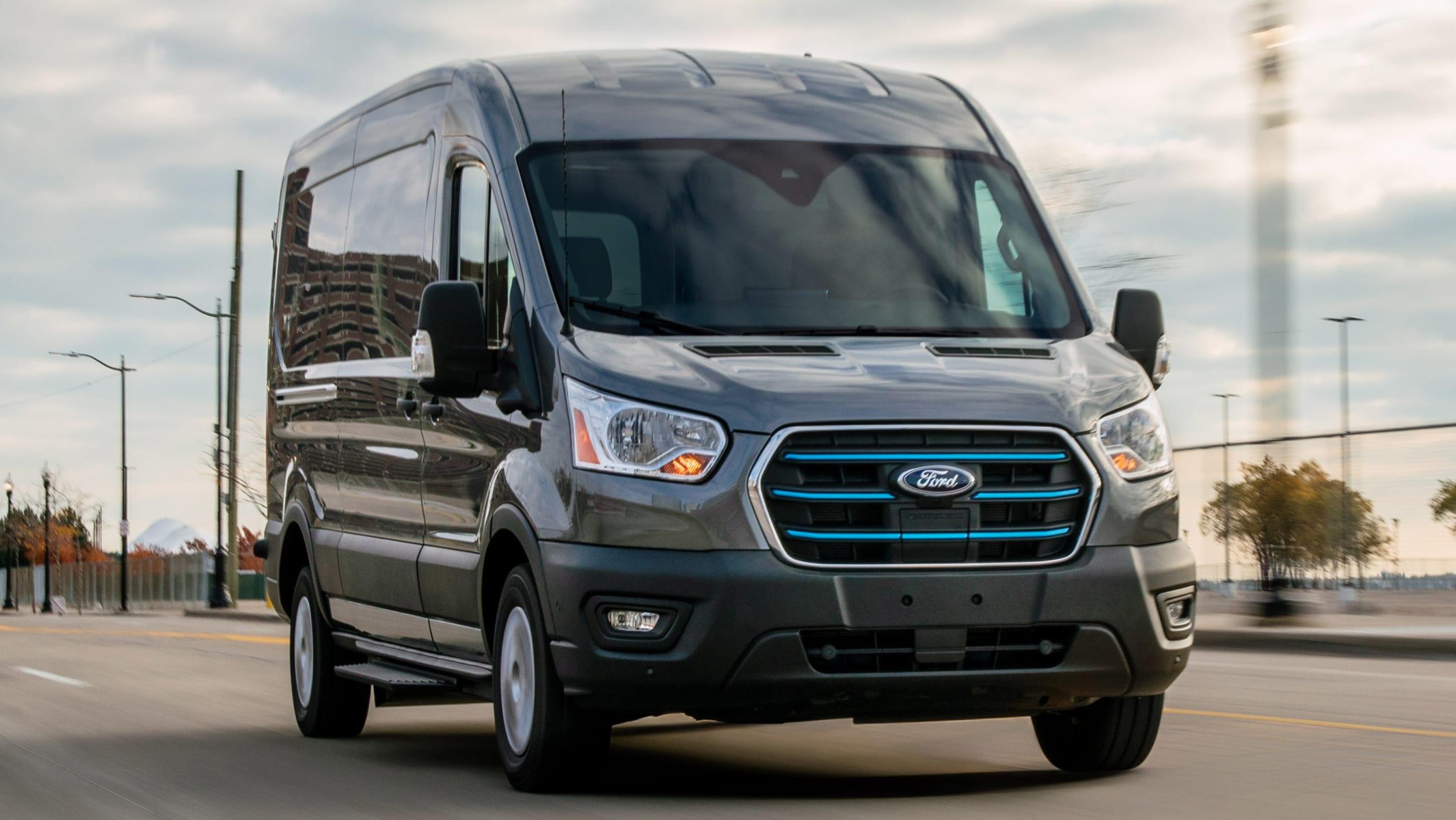 New Ford E-Transit van 2020-3.jpeg