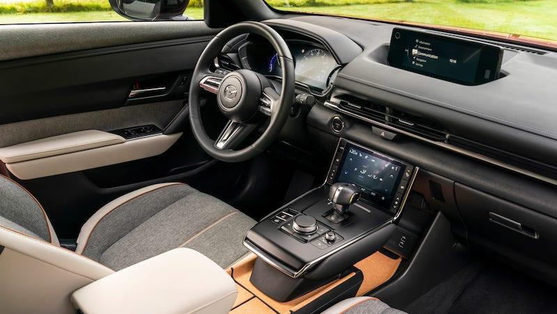 Mazda MX-30 2021 UK-12.jpeg