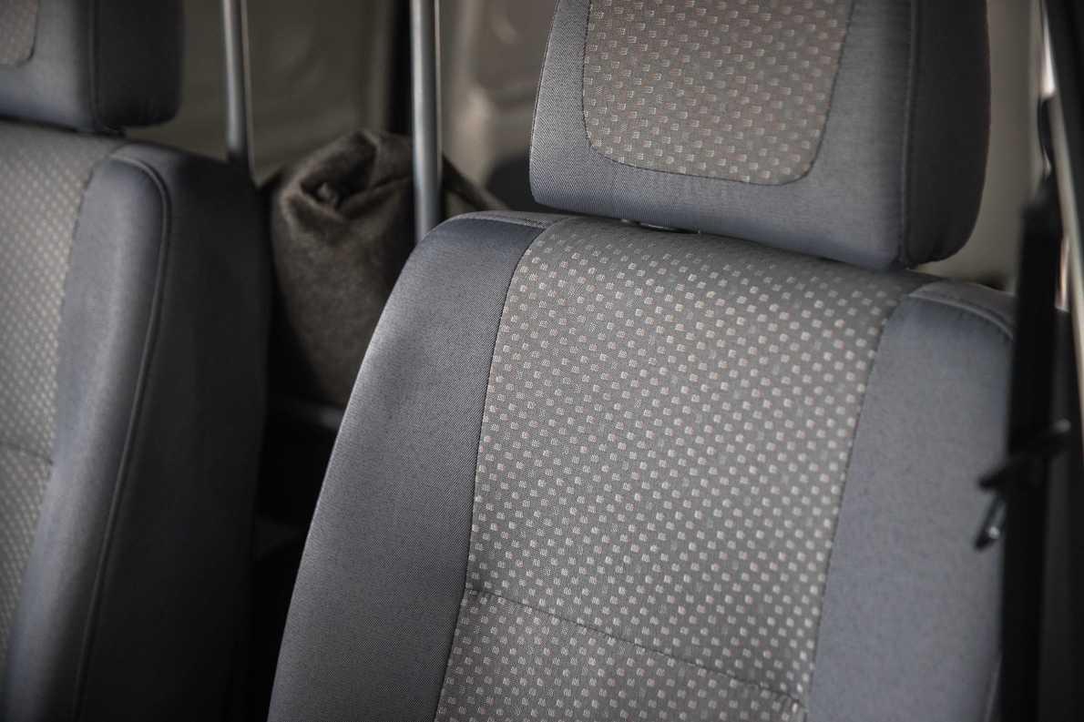 2014款 北汽新能源 威旺307EV 旺业型 实拍 座椅空间