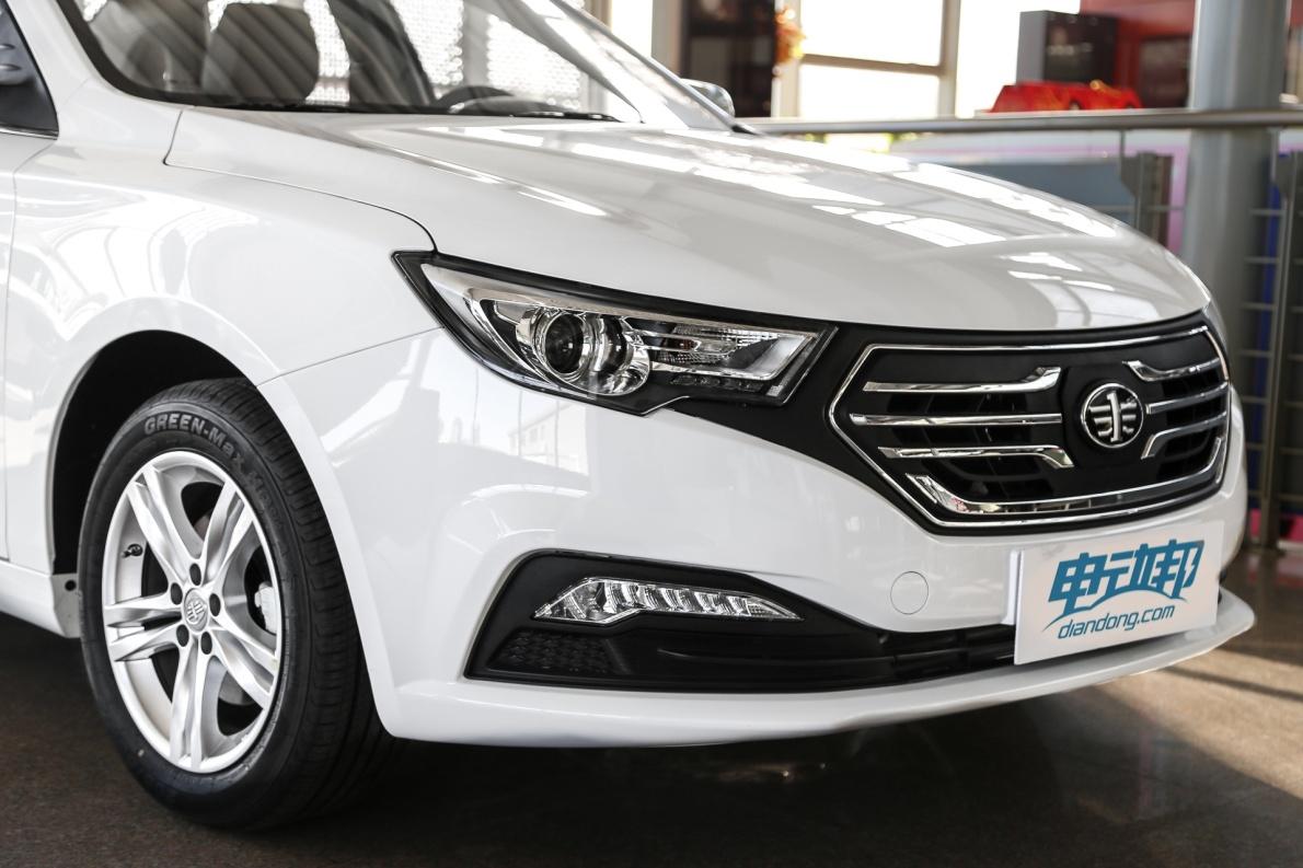 2018款 一汽奔腾 B30 EV 基本型 实拍 外观细节