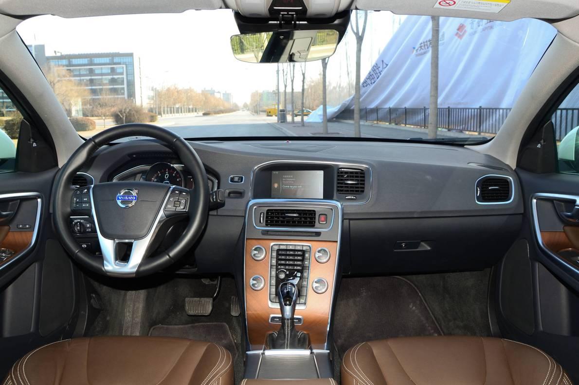 2015款 沃尔沃S60L T6智越(E驱混动)版 实拍 内饰