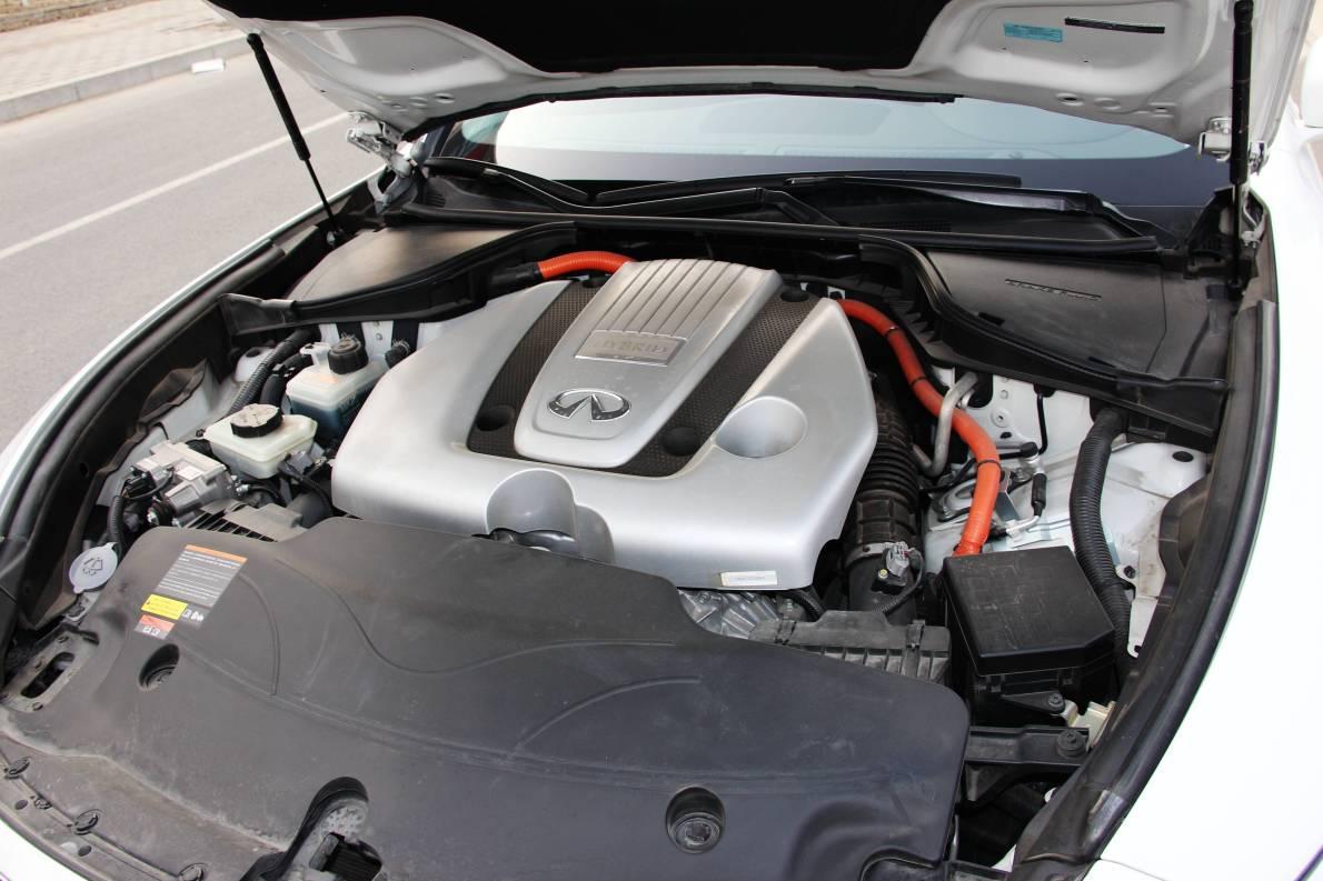 2013款 英菲尼迪 Q70L 实拍  动力底盘