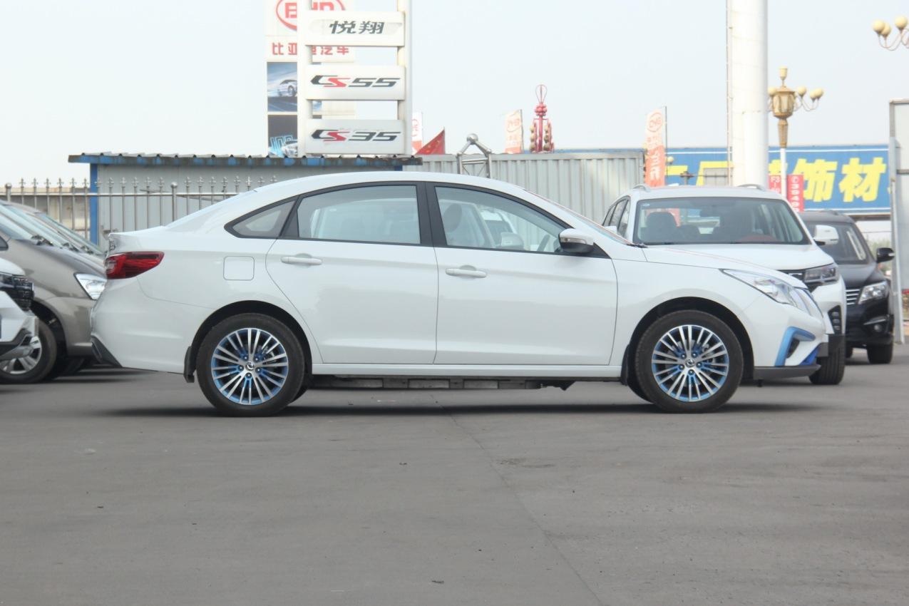 2019款 东风风神 S50EV 运营型 白色