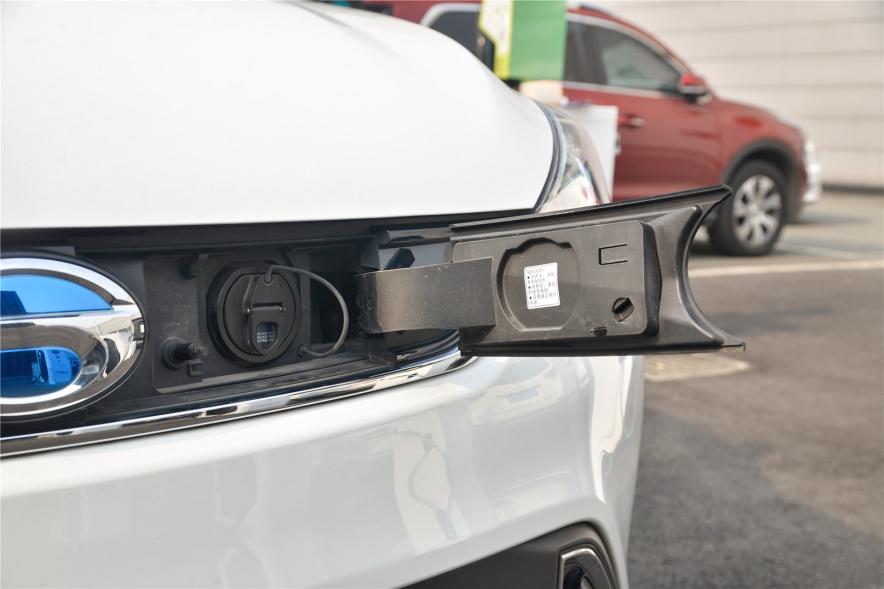 2018款 广汽新能源 GE3 530 智享版 实拍 充电