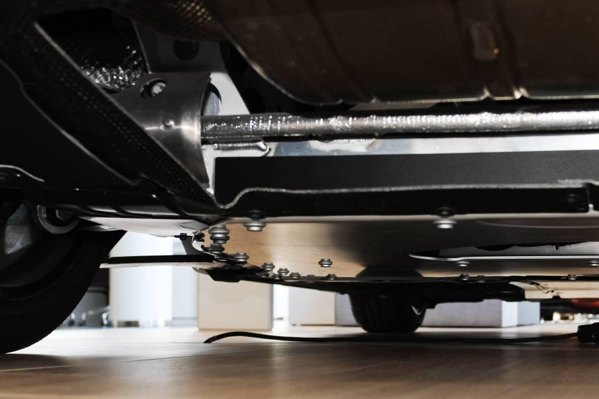 2014款 宝马i8 标准型 质子蓝 实拍 动力底盘