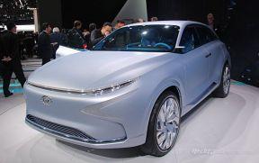 现代氢燃料车型:FE Fuel Cell概念车发布