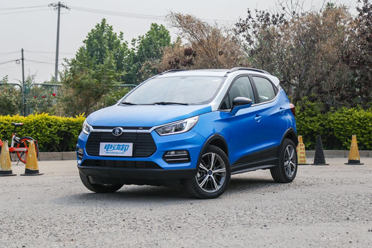 比亚迪7月份销量:新能源车首超燃油车