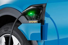 奥迪e-tron的充电功率最高、最稳定,3款豪华电动SUV充电实测