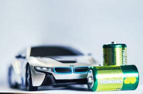 成本等同燃油车 2020年电动车或迎拐点