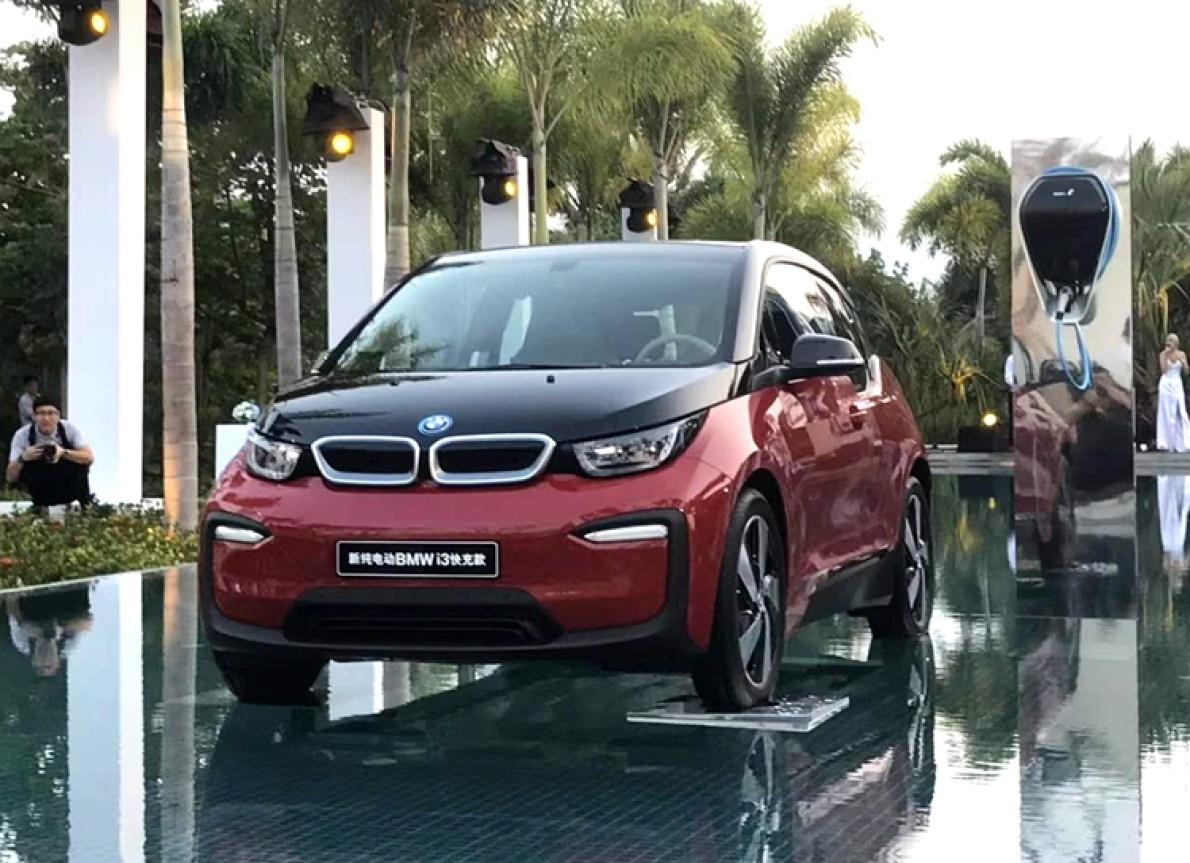 宝马3款新能源车齐上市,i3快充款终于有了快充,续航大幅提升!