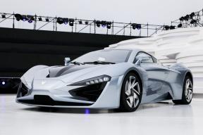 除了加速2.59秒的超级跑车,还将有5款车,ARCFOX 品牌发布产品规划